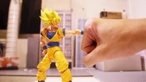Dragon Ball Z Stop motion : Sangoku VS Broly