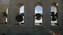 Les campanistes de Saint-Privat-des-vieux dans le Gard au clocher des Saintes-Maries-de-la-mer