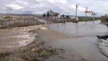Uşak'ta Dere Taştı, Köy Sular Altında Kaldı Ek Gündüz Görüntüsü