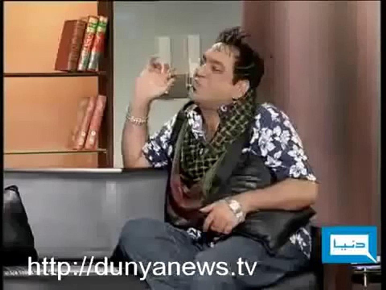 Hasb E Haal Show Azizi As Fashion Designer Video Dailymotion