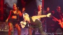 """Robbie Williams """"Let me entertain you"""" live in Paris (2015)"""