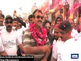 Dunya News - Jamshed Dasti takes to streets on bicycle in campaign against graft, corruption