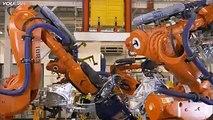 فيديو بثلاث دقائق ياخذنا بجولة سريعة لمراحل التصنيع التي تمر بها سيارات BMW x5,x6 من داخل مصنعها في ولاية كارولاينا الجنوبية الامريكية.