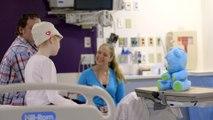 L'ours-robot qui redonne le sourire aux enfants malades