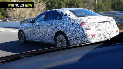 Descubrimos el futuro Mercedes Benz Clase E 2016 por Barcelona! by PRMotor TV Channel (HD)