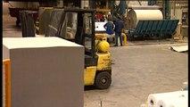 Vakbond FNV eist sociaal plan voor de werknemers van kartonfabrikant Smurfit Kappa - RTV Noord