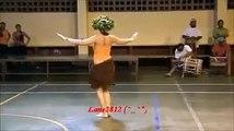 Kadın Dehşet Göbek Dansı Yapıyor