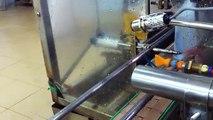 máy in phun trên thân chai/ máy phun date trên chai nước suối/ máy in date trên chai thuốc/ máy phun date chai tự động