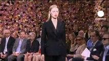 euronews le mag - Versace, Dior und die Mode-Avantgardistin Iris van Herpen