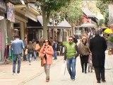Ανοιχτά τα καταστήματα στη Λαμία. Αντιδράσεις από τους υπαλλήλους