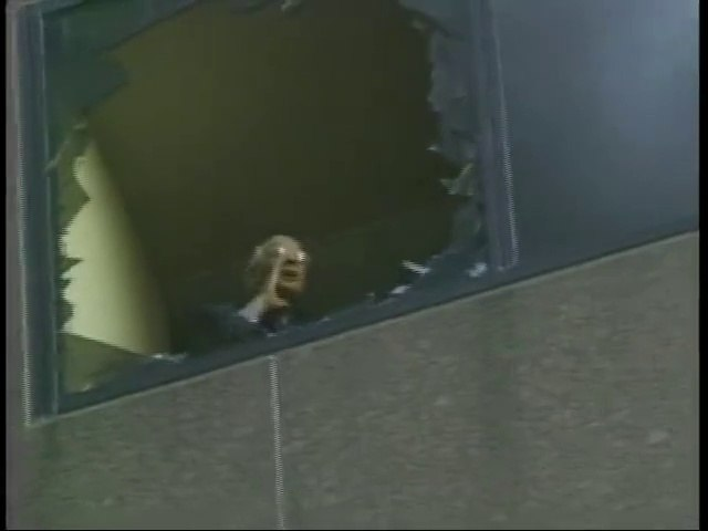 Michael Hess yelling down from the 8th floor of WTC7   NIST FOIA Release