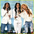 Beyonce Reunites Destiny's Child Say Yes - Michelle Williams ft. Kelly Rowland, Beyonce (2015 Stellar Awards)