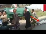 Funny funeral fail video: Idiot pallbearers forget corpse during Indonesia funeral procession