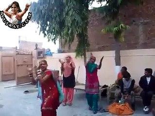 Punjabi Home Made Mujra Dance
