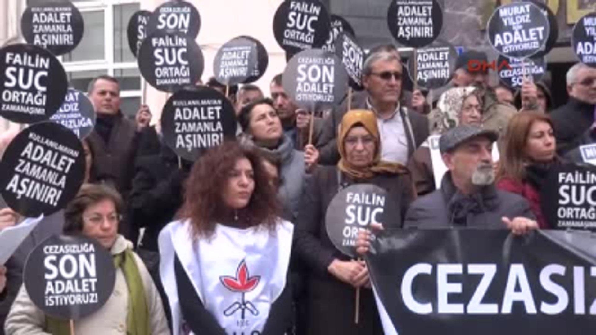 Gebze 20 Yıl Önce Gözaltında Kaybolan Gencin Ailesi ve İhd, Gebze Adliyesi Önünde Protesto...
