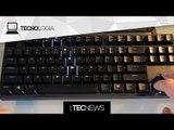 Veja um barco sendo explodido por um míssil / Hacker faz jogo Snake rodar em um teclado | TecNews