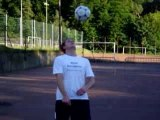 Jonglage freestyle avec ballon de foot