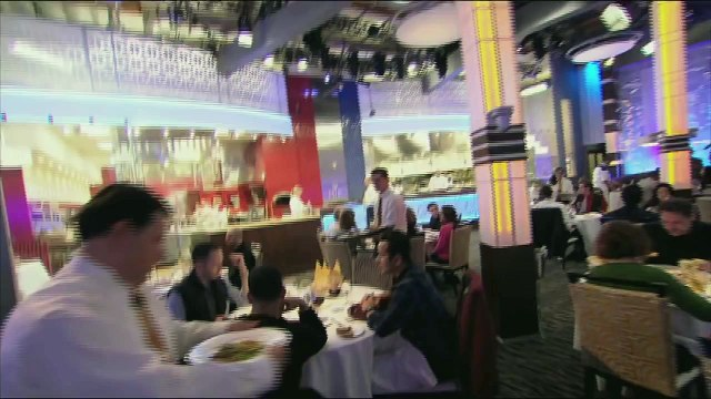 HELL'S KITCHEN   Daddy Yankee Dines in Hell's Kitchen from  14 Chefs Compete    FOX BROADCASTING
