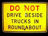 Roundabouts - How do I drive a roundabout? (2 of 5)