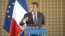 Archive - Passation des pouvoirs entre Arnaud Montebourg et Emmanuel Macron