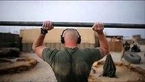 アフガニスタン駐留米兵の筋トレ風景
