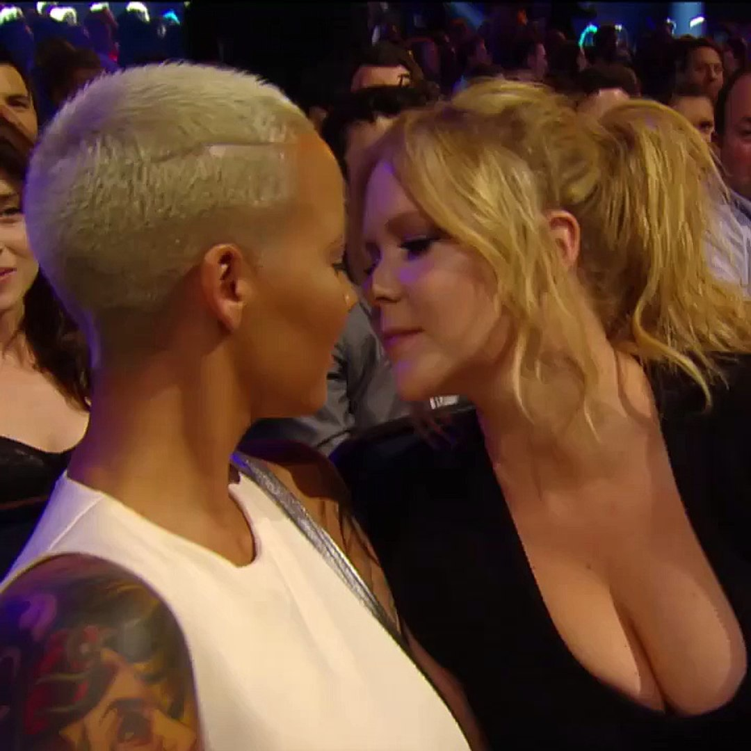 Amy Schumer Sex Video amy schumer amber rose mtv movie awards