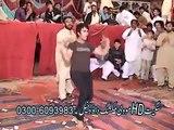 Pakistani Boy Dance on Ragini MMS 2  - Sunny Leone