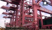 Cina, yuan troppo forte: a marzo crollano le esportazioni
