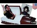 Michael Jackson nous revient comme revenant avec un nouvel album