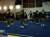 GMHS cheerleading competition