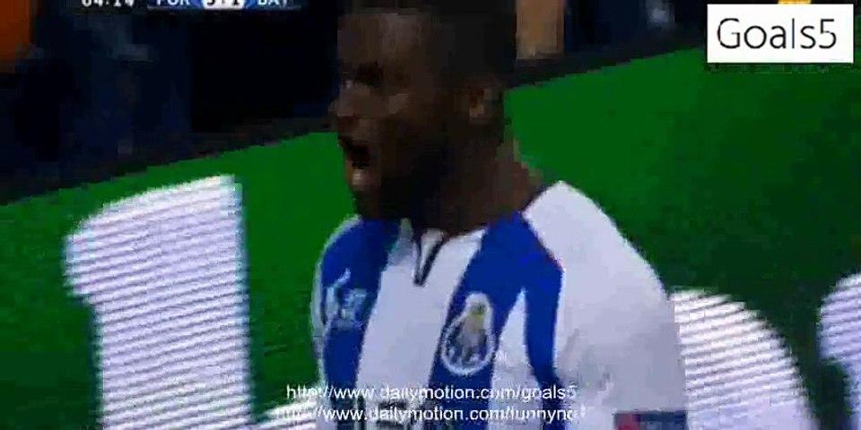 Jackson Martinez Goal Porto 3 - 1 Bayern Champions League 15-4-2015