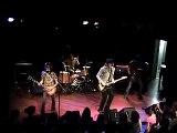 Rock N' Roll Soldiers - Loose arm shake