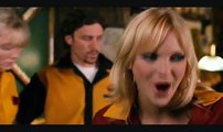 Ryan Reynolds and Anna Faris in Waiting