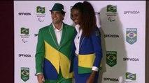 Presentan uniformes de delegación brasileña para Panamericanos Toronto 2015