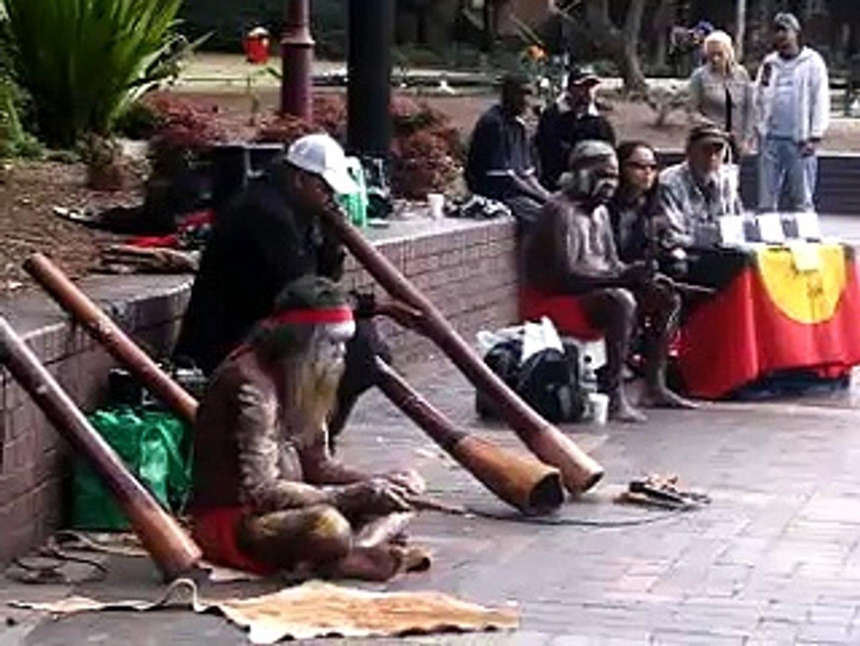 aborigine street musicians, australia