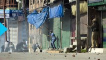 Violent Clashes Erupt in Kashmir Over Arrest of Separatist Leaders