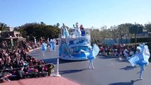 Anna & Elsa Frozen Fantasy Greeting Parade Tokyo Disneyland Japan 2015 東京ディズニーランド 「アナと雪の女王」
