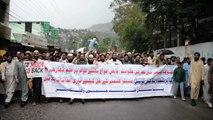 Protesters burn Indian flag in Pakistani Kashmir