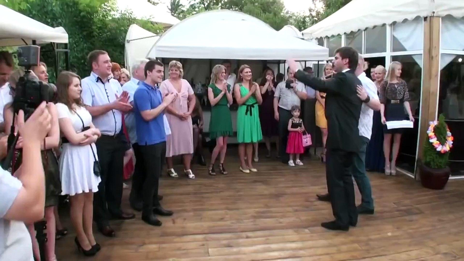 Невеста Pole Dance зажигает! Супер свадебный танец. Pole Dance на свадьбе. Невеста на шесте