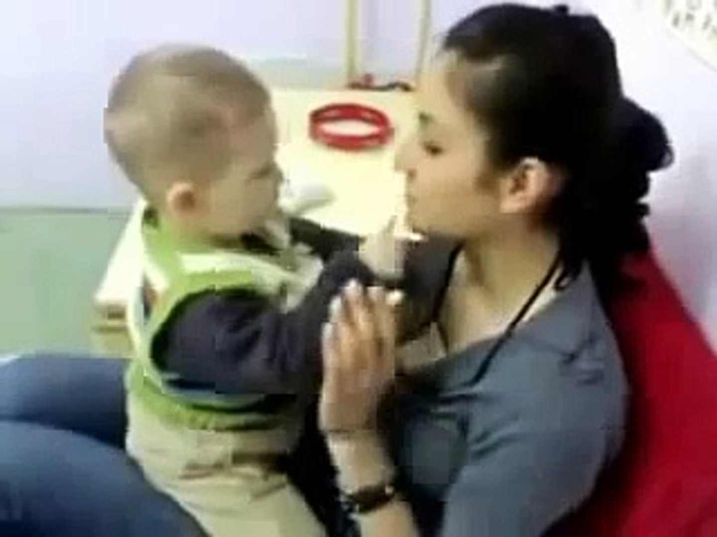 sexy baby kiss sexy girl