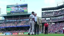 George W. Bush gives Derek Jeter a signed photo for Farewell Tour