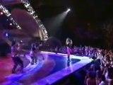 Thalia-A Quien Le Importa LIVE GRAMMY's