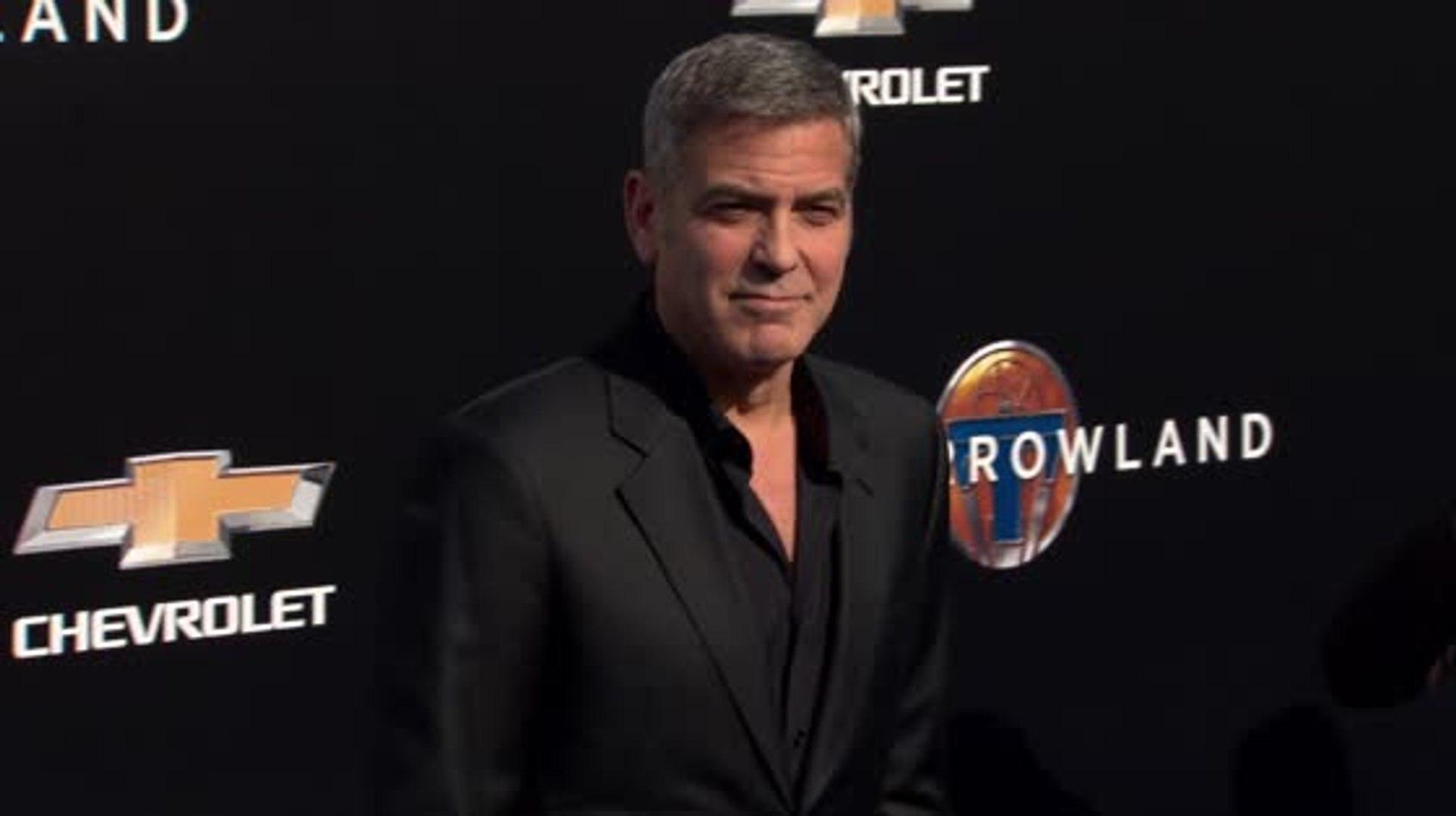 George Clooney aconseja que los hombres acepten su envejecimiento