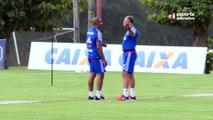 Confira as primeiras imagens de Cristóvão Borges no treino do Flamengo