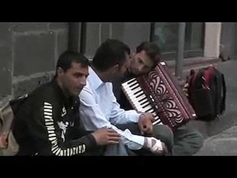 Street musicians in Sicily