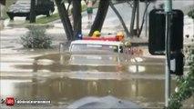 Un camion de pompier roule sous 2m d'eau dans une inondation