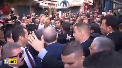 Cezayirli gençlerden Erdoğan'a yoğun ilgi