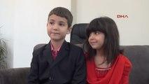 Eskişehir Türkiye'nin Konuştuğu Bayrağı Öpen 8 Yaşındaki Beren Nafi