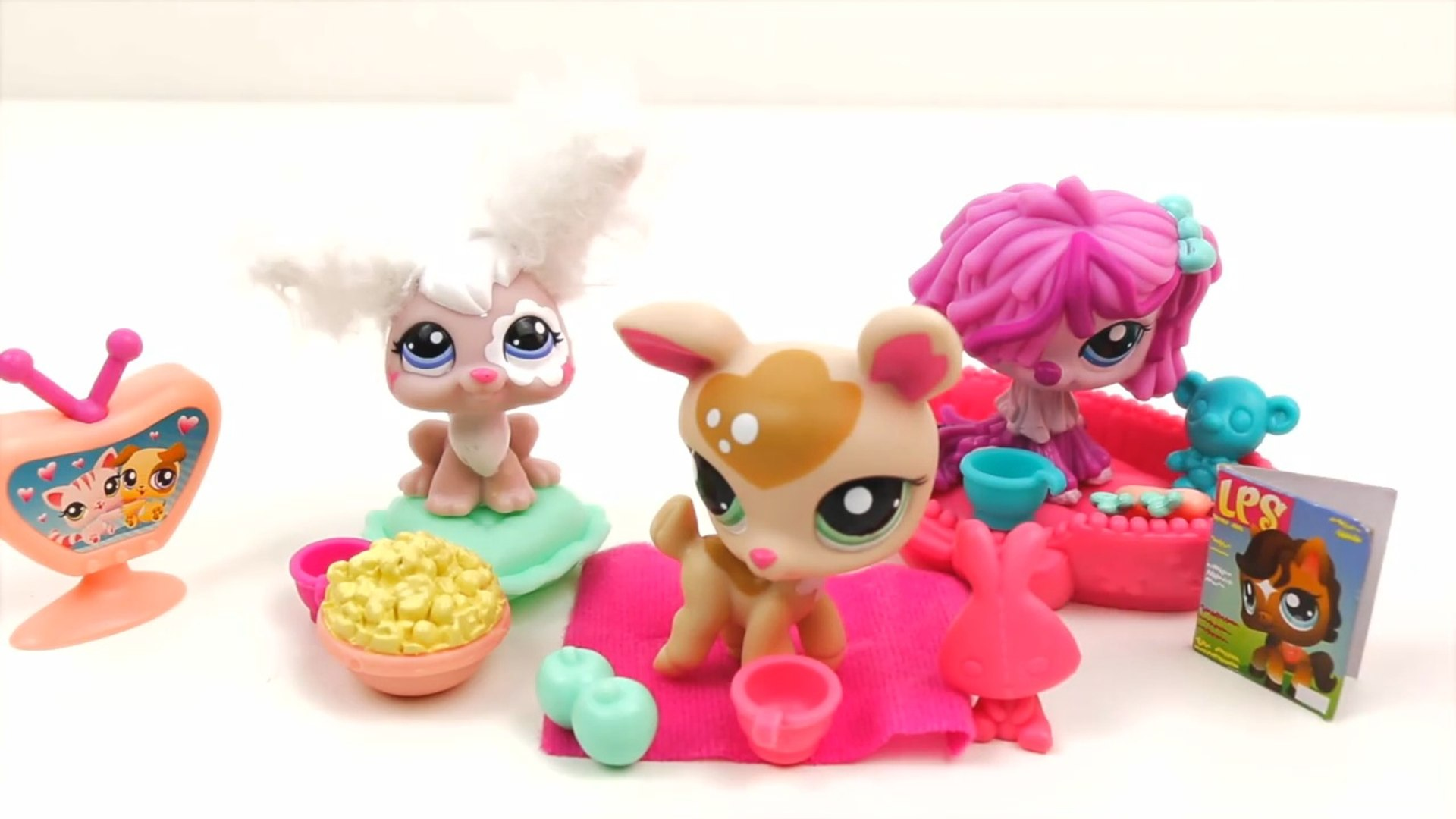 Littlest Pet Shop Playset Unboxing toys lps Cute Puppies Pets toy - kinder surprise toys play doh ca