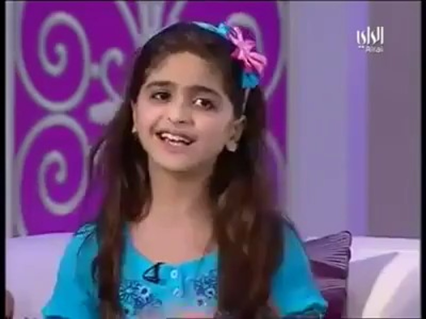 An Arabic Little Girl Singing A Hindi Song 'Humko Humise Chura Lo' Very  Nicely